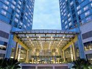 上海外滩茂悦大酒店外墙高空玻璃清洗